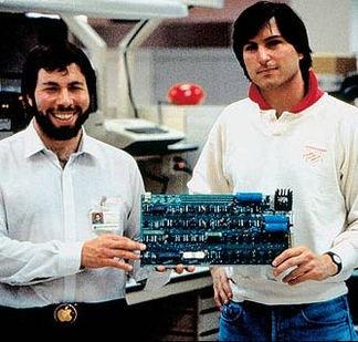 1976_steve_jobs3.jpg