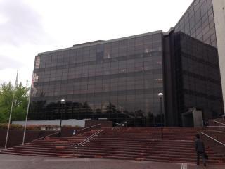 県民ホール