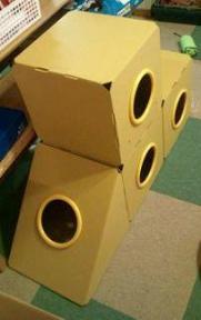 cat@201107play_box31A.jpg
