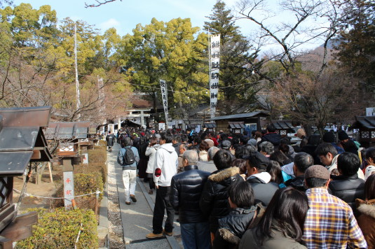 初詣 武田神社  行列
