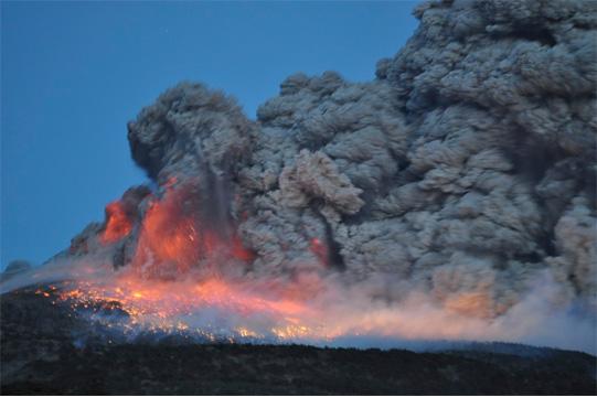 新燃岳噴火4