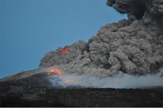 新燃岳噴火3