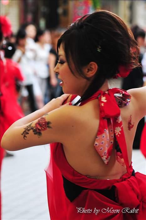 (今治市の祭り 2009) Hot☆Babies ダンスバリサイ 今治おんまく祭り2009 広小路・今治商店街 愛媛県今治市 2009年8月1日