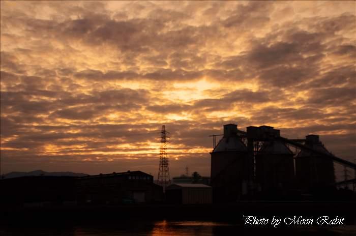 タカテツ・四国電力西条発電所付近の夕雲 愛媛県西条市喜多川