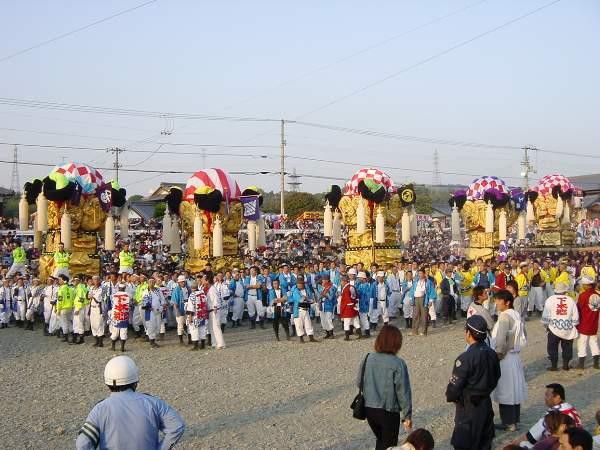 飯積神社祭礼宮入り 西条祭り2002 岸影太鼓台など 愛媛県西条市 矢野寛一郎氏撮影