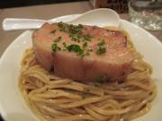 130129フランス産豚バラ肉の赤ワイン煮込みつけ麺 (2)