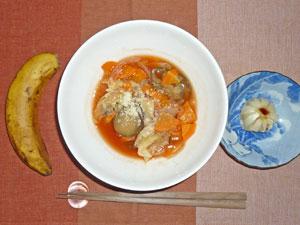 トマトスープ,小龍包,バナナ