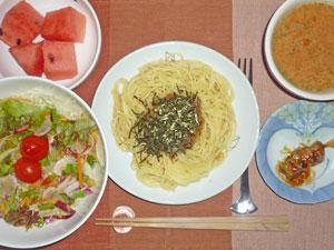 スパゲティ・キノコソース,サラダ,焼き鳥,トマトスープ,スイカ