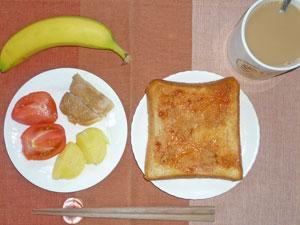 イチゴジャムトースト,豚の生姜焼き,トマト,蒸かしイモ,バナナ,コーヒー