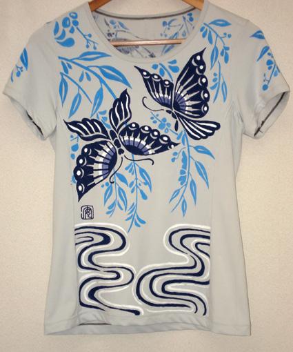 蝶と水面2011