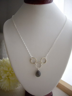 bubble link necklace