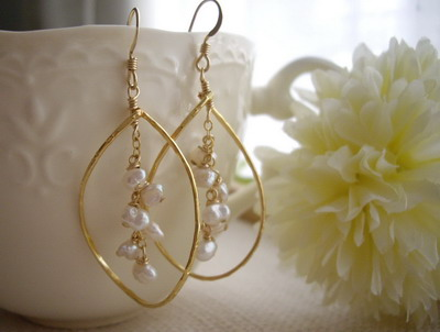 pearl frame in earrings