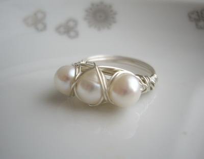 three pearls ring