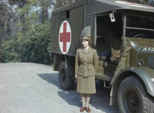Hrh_Princess_Elizabeth_in_the_Auxiliary_Territorial_Service_2C_April_1945_TR2832.jpg