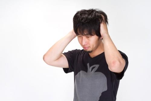 N912_atamawokakimushiru500.jpg