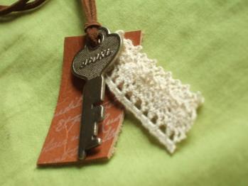 アンティークキーのネックレス