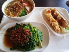 台南の食事