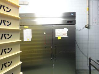 給食室牛乳保管庫DSC01891