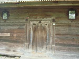 Vogdan Bodaの教会入口