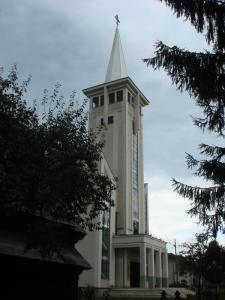 隣の新しい教会