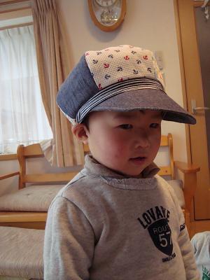 帽子斜め横