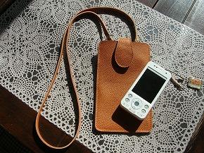 2013.11皮革教室④完成品携帯ケース表