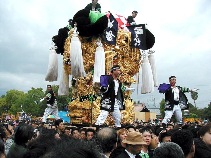 八旛神社の本郷太鼓台