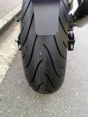 moto120404.jpg