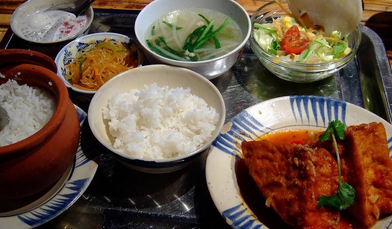 ■ アンゴン ベトナム料理店 大阪・南船場