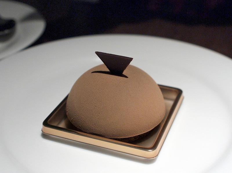 ■ ピエール・マルコリーニ チョコレートカフェ銀座
