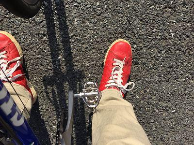 SPDペダルをスニーカーで漕いでみました