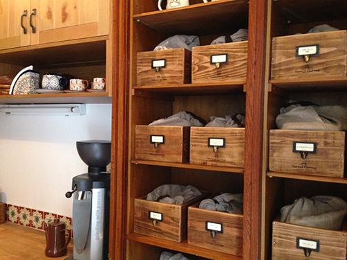 オーダーメイドの木製収納ボックス