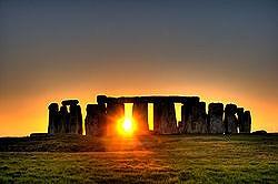 250px-Stonehenge_(sun).jpg