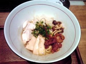 麺と心 7 鶏とキノコの辛味噌和え麺