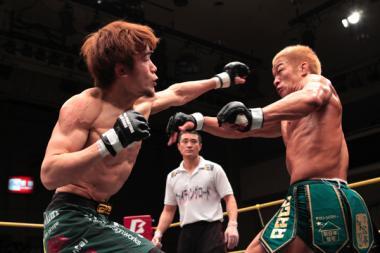 山崎vs大塚