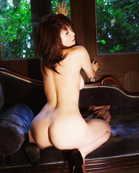 【No.4】 裸体 / 麻美ゆま