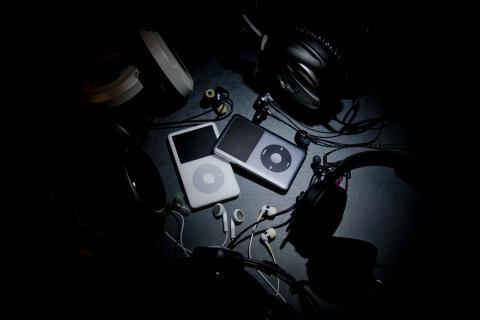 iPod イヤホン ヘッドホン スポットライト