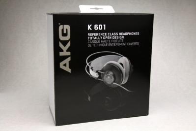 AKG K601 箱