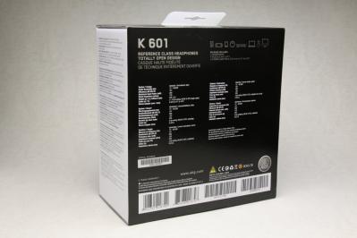 AKG K601 箱裏