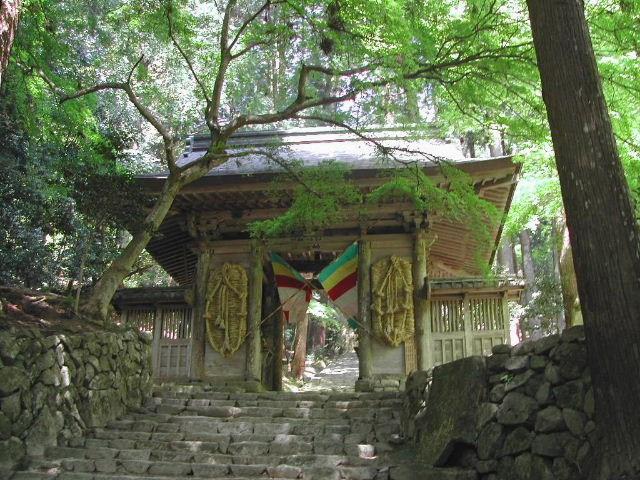 百済寺山門