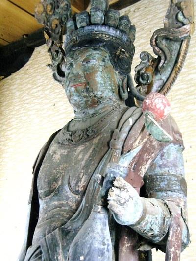 西谷観音堂・十一面観音立像(上半身)