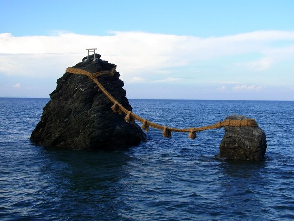 二見浦・夫婦岩
