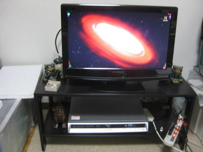 テレビ周りを少し整理