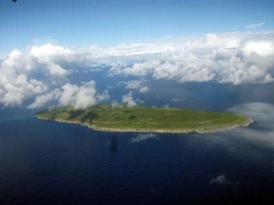 ヤギ島上空