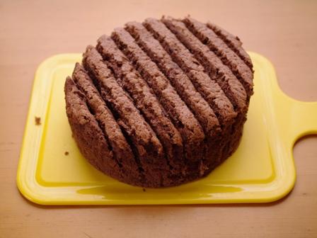 ガナッシュチョコレートでつくるオトナのとろけるドームケーキ01