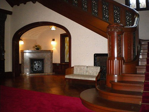 前田侯爵邸・階段ホール