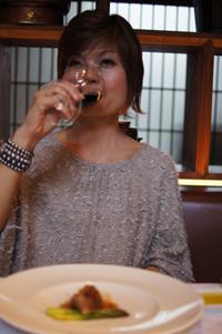 ランチ8 肉には赤ワイン