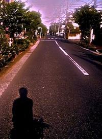 bicycleontheroad01n200.jpg