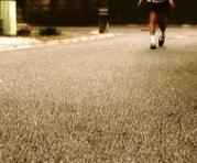 crimegirl05walking200px.jpg