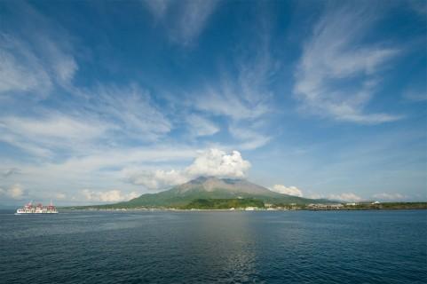 桜島で人工地震、マグマ状態探る…大噴火に備え